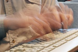 fastest-writer-on-the-world-1020206-m